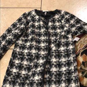 New black White dress coat  small wd.ny
